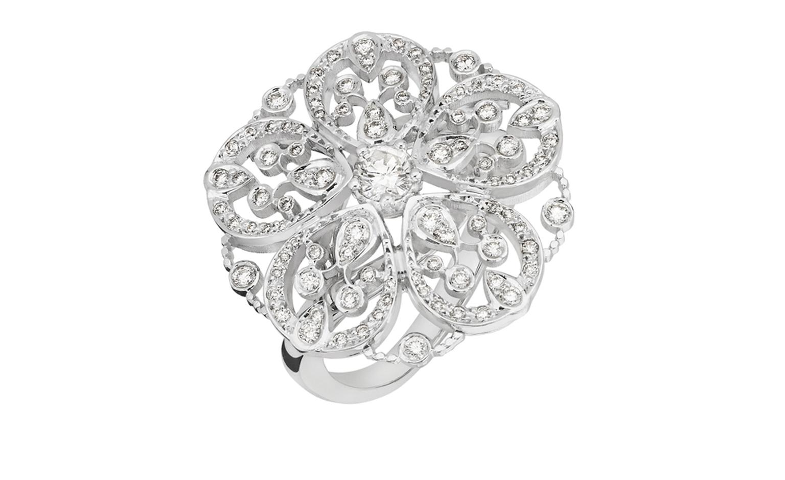 Chanel Secrets D'Orient Camelia Dentelle Ring in 18 karat white gold, diamonds and cultured pearl. POA