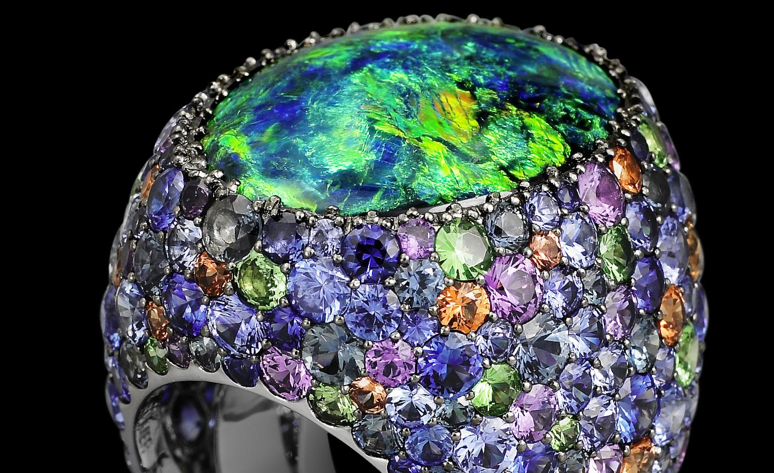 Lorenz Bäumer Cardinal ring with black opal