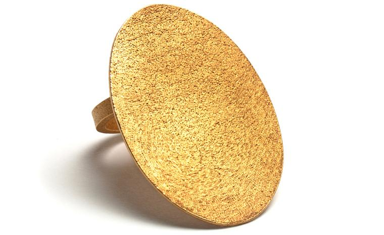 Ute Decker ring to be made in Fairtrade Gold