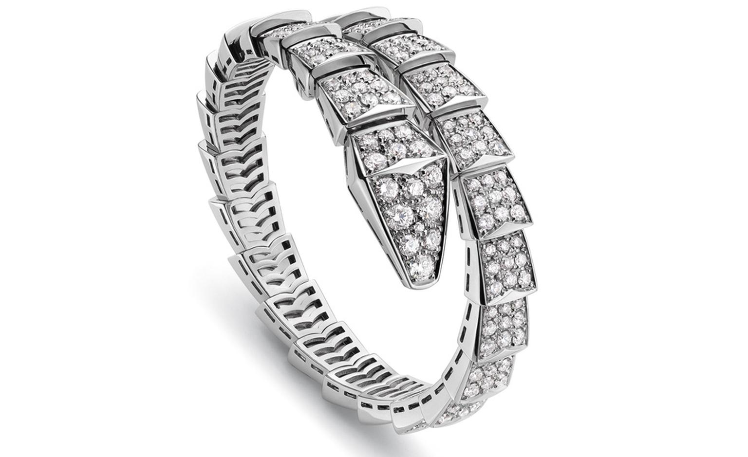 Bulgari Serpenti Bracelet with diamonds and white gold worn by Julianne Moore at BAFTAs 2011