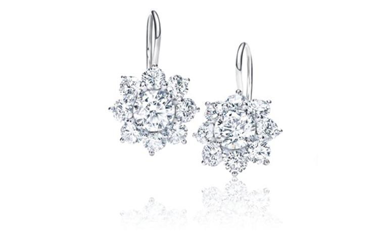 Sunflower Collection by Harry Winston, diamond earstuds worn by Michelle Williams