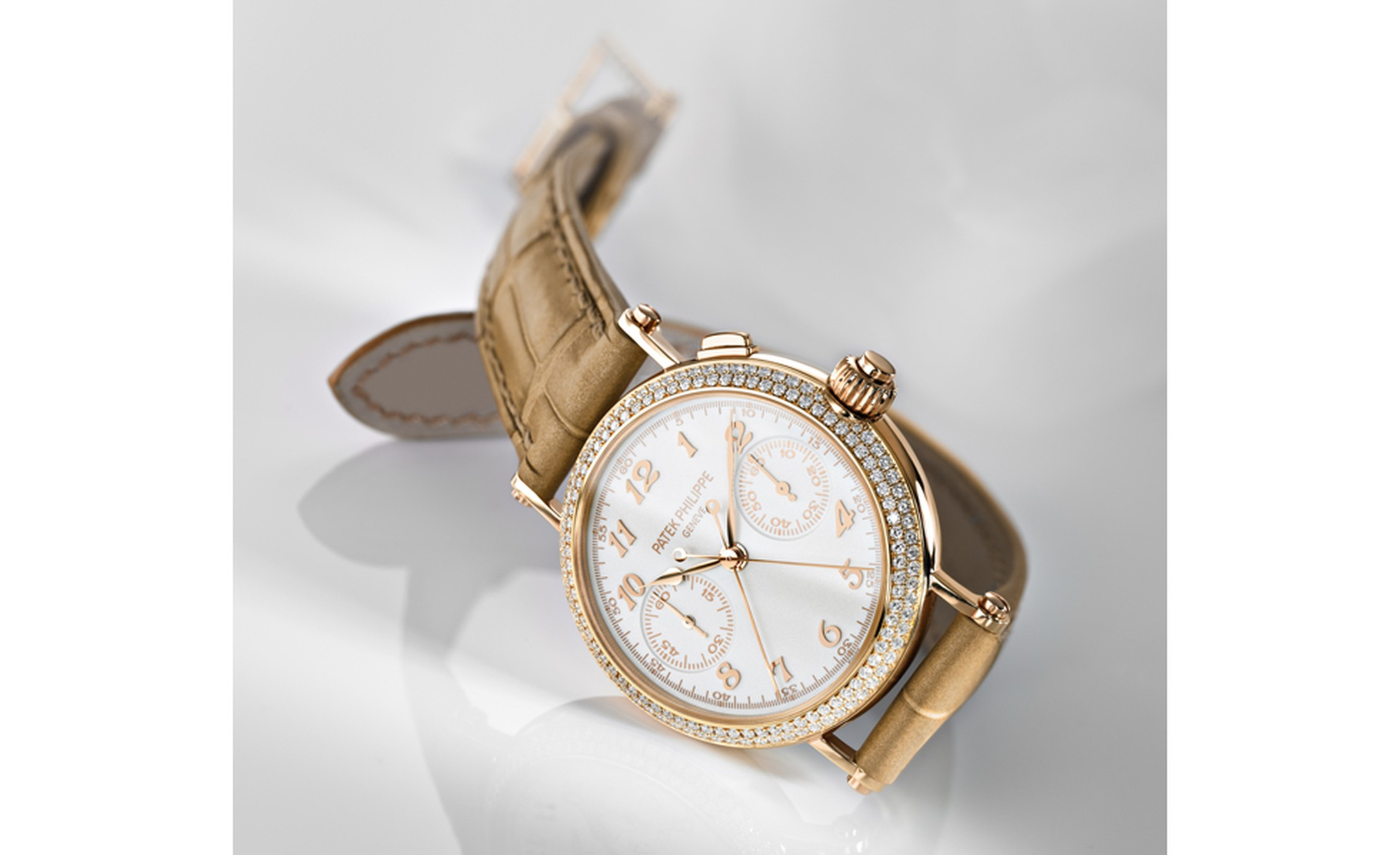 Patek Philippe ladies' first split seconds chronograph ref 7059, Calibre: CH R 27-525 PS in rose gold