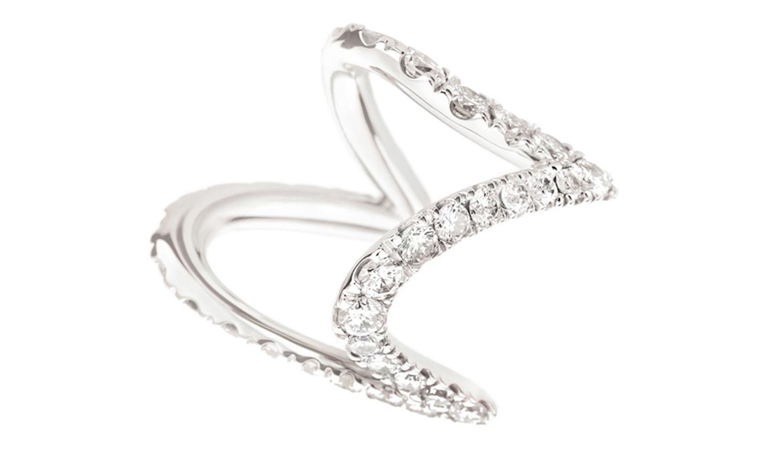 PAMPULHA Ring in white gold and diamonds.