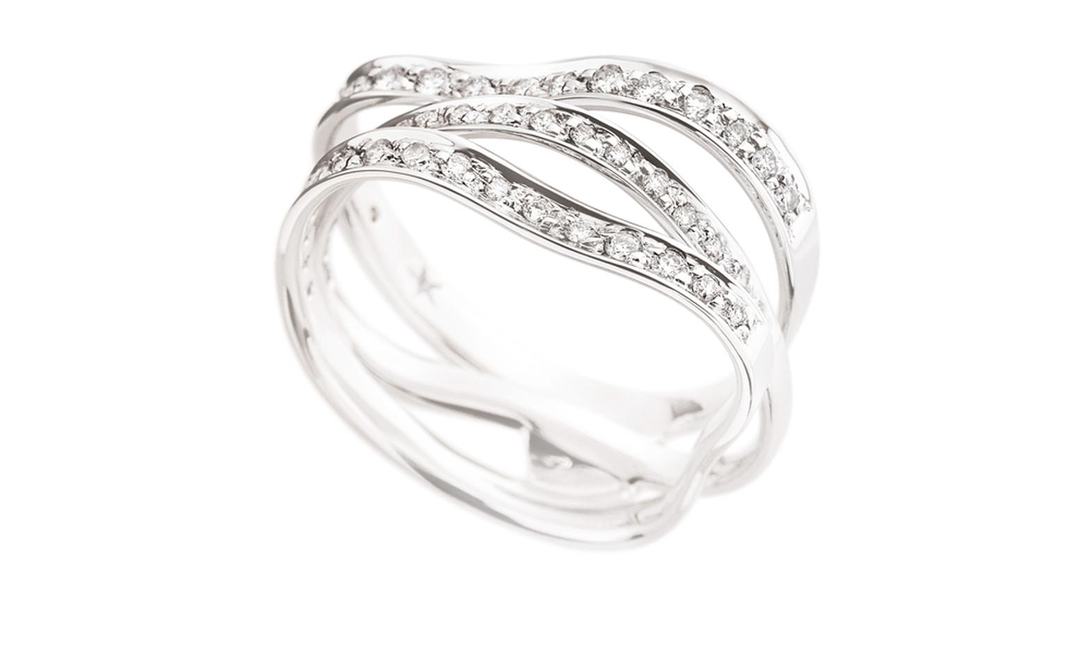 H STERN, CURVES Ring in white gold and diamonds.