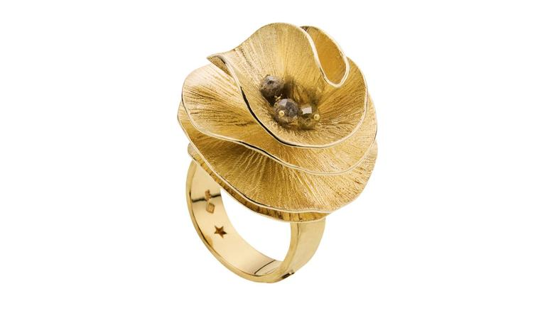 H STERN BALLET DU CORPO, G 21 ring in yellow gold and cognac diamond. £3, 200