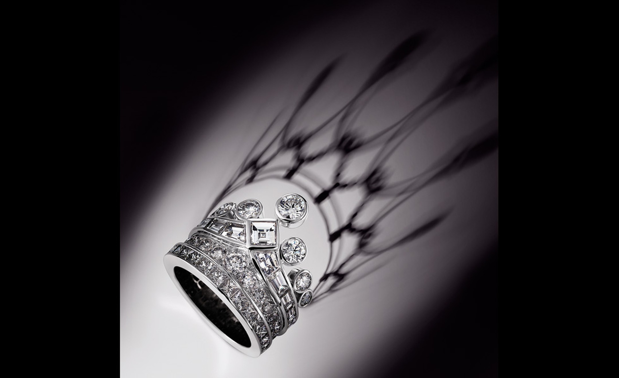 You will never forget that you are the queen of someone's heart with this tiara ring from Chaumet.
