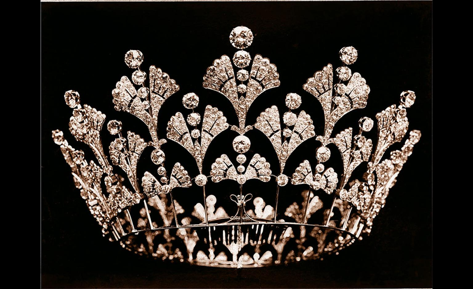 Boucheron, the Queen Mother's diamond coronet 1901