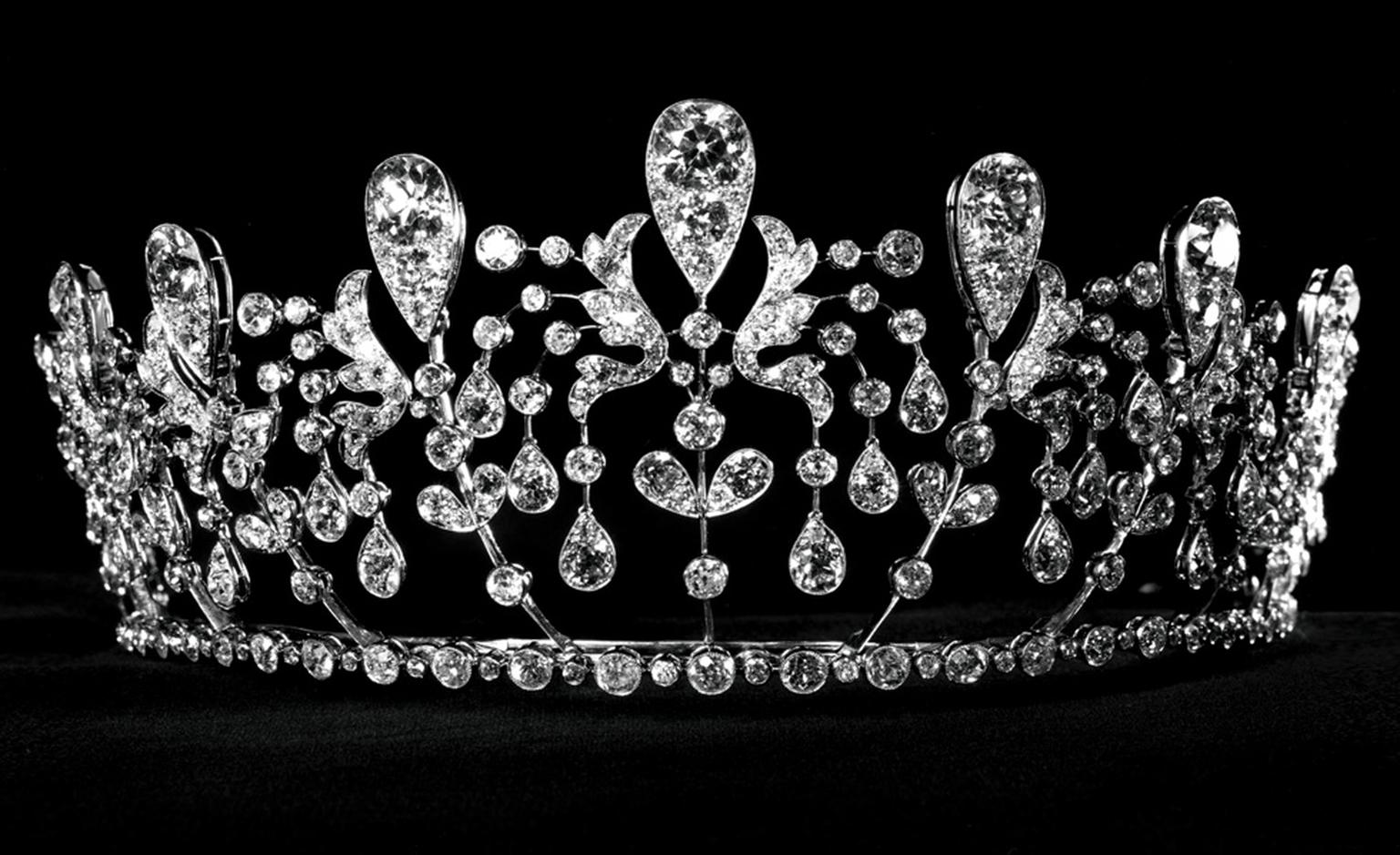 1819 Bourbon-Parma tiara in platinum and diamonds by Joseph Chaumet.
