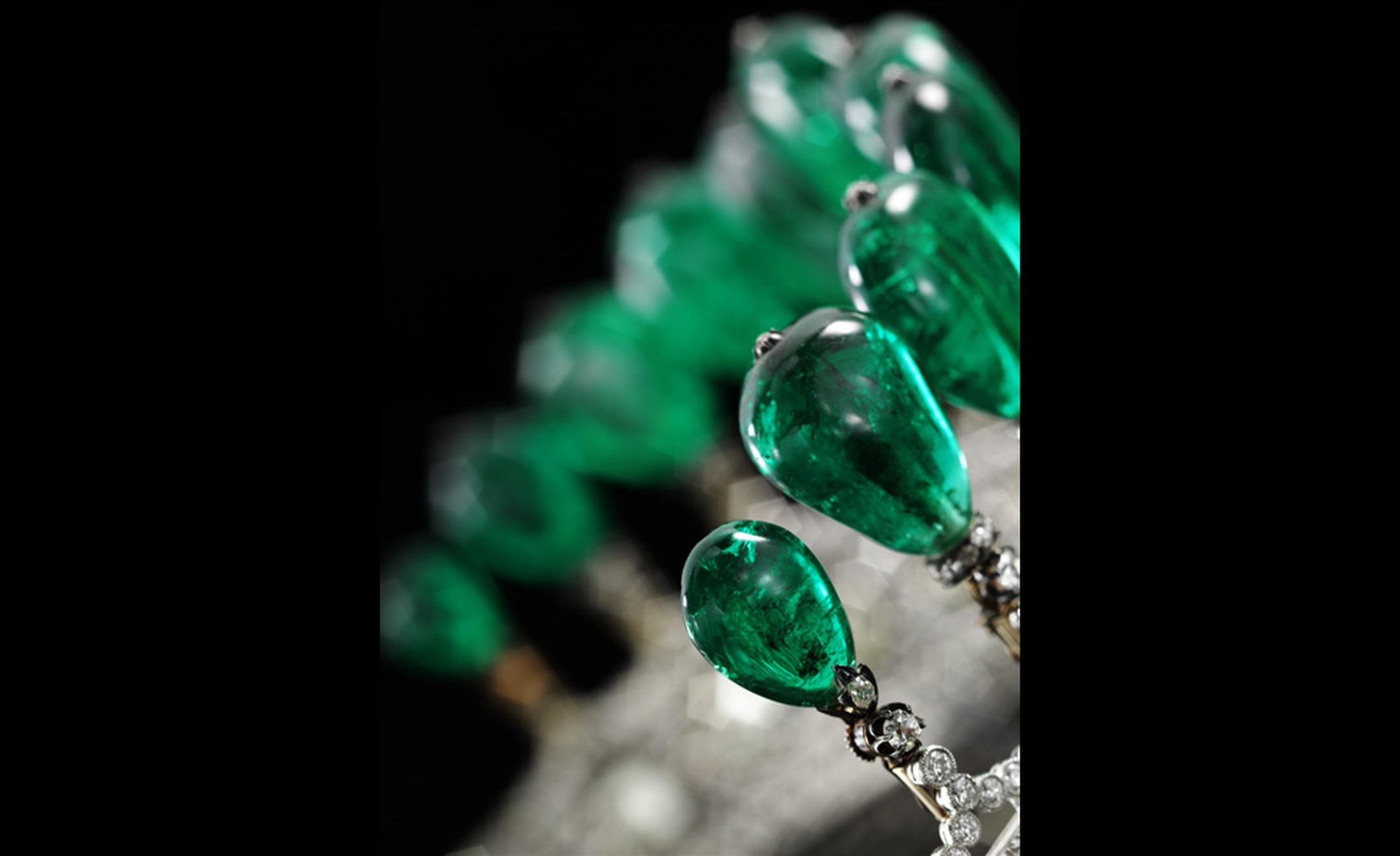 Close up of emerald tiara circa 1900 to be auctioned by Sotheby's in Geneva on 17 May with 11 rare Columbian emerald drops that may have been part of the French Imperial Crown jewels.