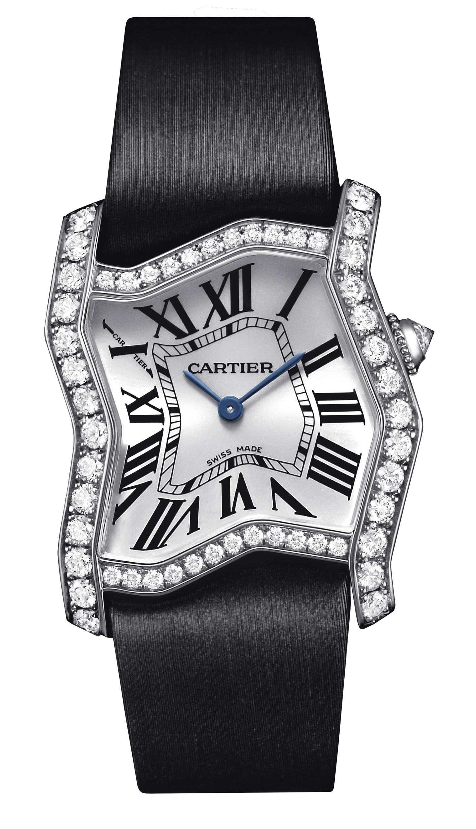 Cartier Tank Folle watch in white gold and diamonds_20130404_Zoom