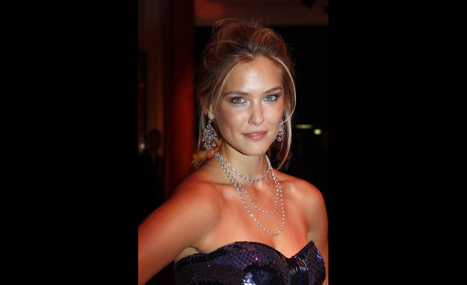 Bar Rafaeli at Chopard's Crazy Diamonds party at the Cannes Film Festival 2011 wearing Chopard jewels.