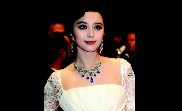 "CANNES, FRANCE - MAY 13:  Actress Fan Bing Bing with Cartier jewelry attends the ""polisse"" Premiere during the 64th Annual Cannes Film Festival at the Palais des Festivals on May 13, 2011 in Cannes, France.  (Photo by Tony Barson/WireImage)"