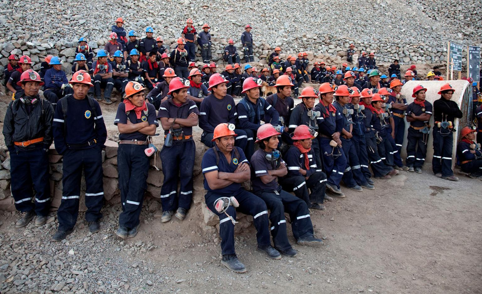 Workers gather at 7:00 am outside the gold mine in Santa Filomena, in Peru. These miners are guaranteed a fair deal and safe working conditions under the Fairtrade regime. Photo: Eduardo Martino