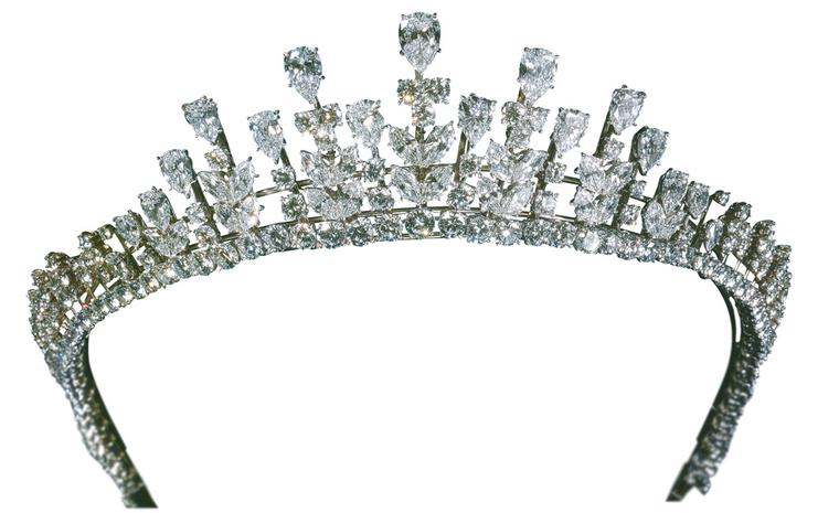 Van Cleef & Arpels Grace Kelly diademe that Princess Grace wore to her daughter Caroline's wedding to Philippe Jugnot in 1978.  Platinum set with pear-shaped diamonds, marquise-shaped diamonds and round diamonds, weighing 77.34 carats. Today thi...