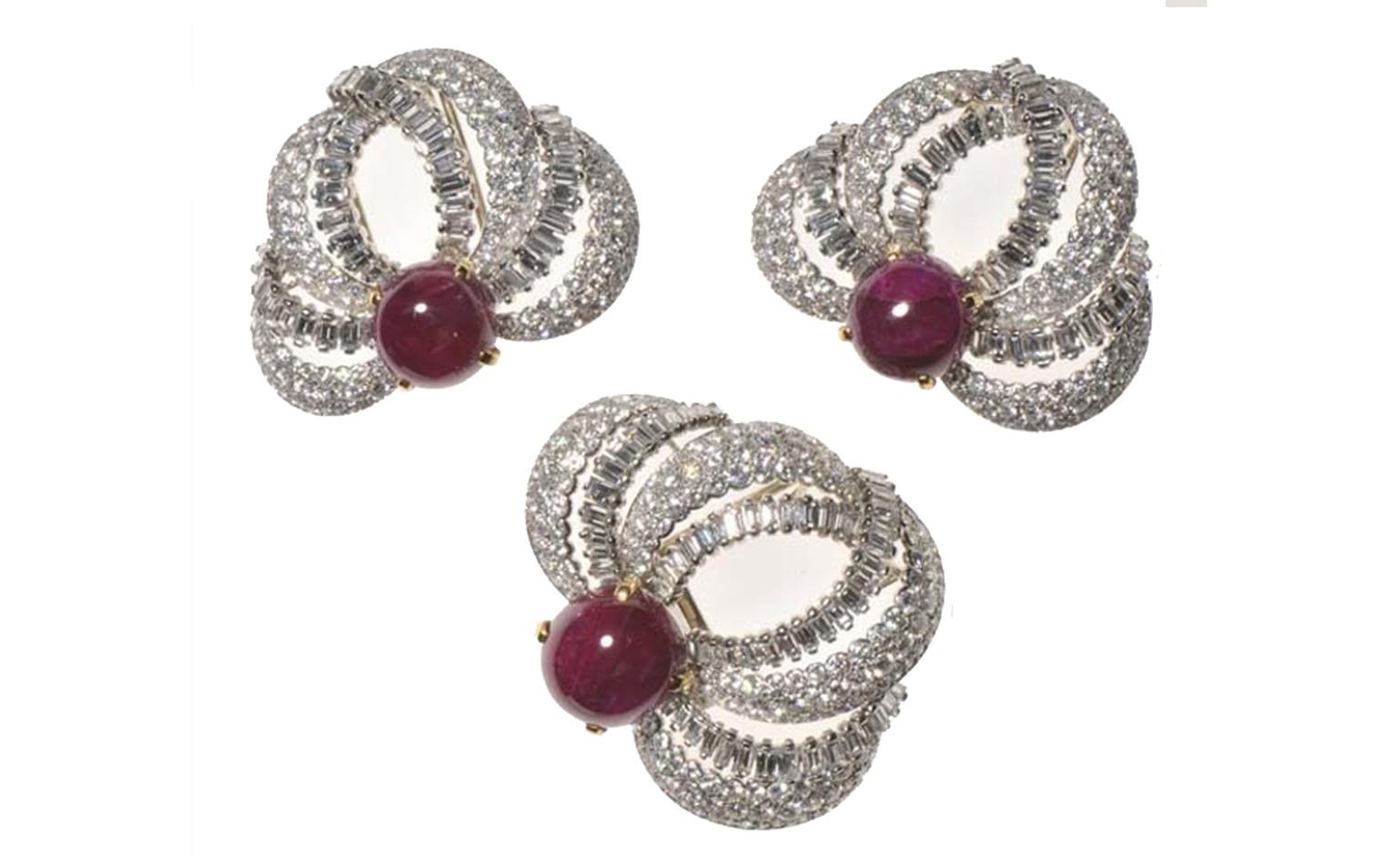 Ensemble de trois broches-clips Cartier Paris, 1955