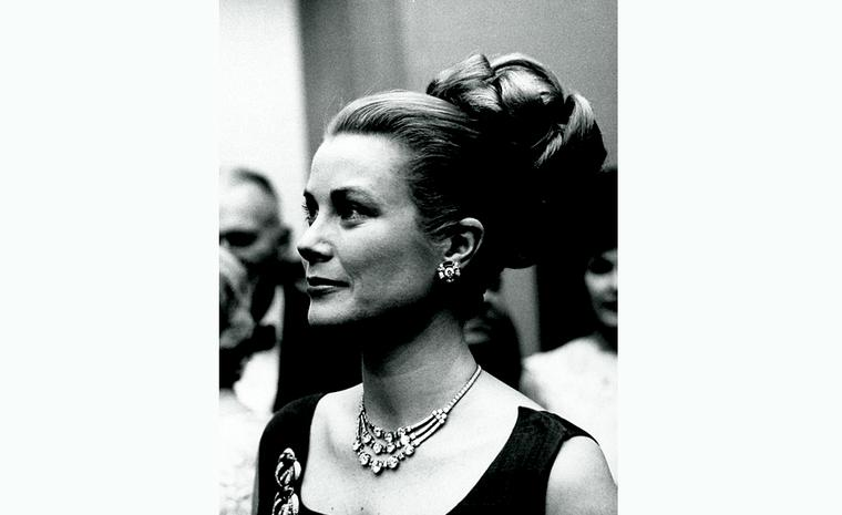 Grace Kelly wearing cartier in Monoco, 1963