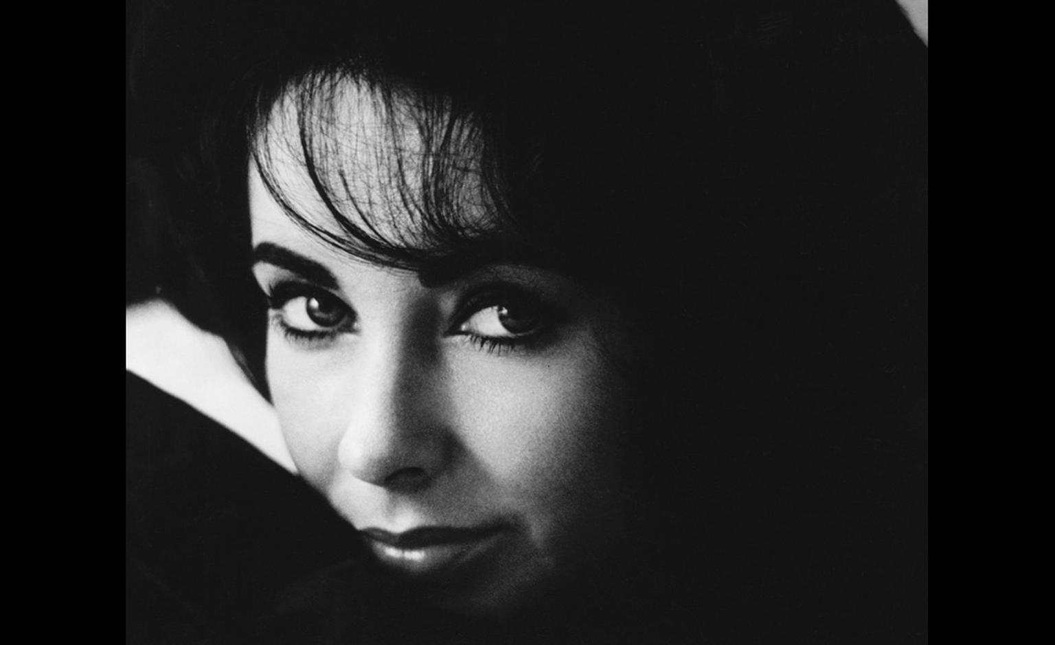 Elizabeth Taylor.  Image courtesy of MPTV Images