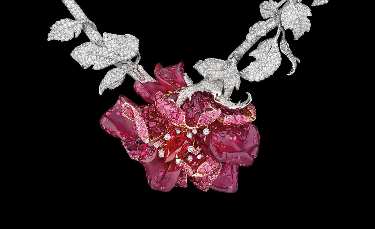 DIOR FINE JEWELLERY LE BAL DES ROSES BAL DE MAI NECKLACE WHITE AND YELLOW GOLD, DIAMONDS, FANCY BROWN DIAMOND, FANCY PINK, LILAC AND MAUVE DIAMONDS, PINK OPAL AND EMERALDS.