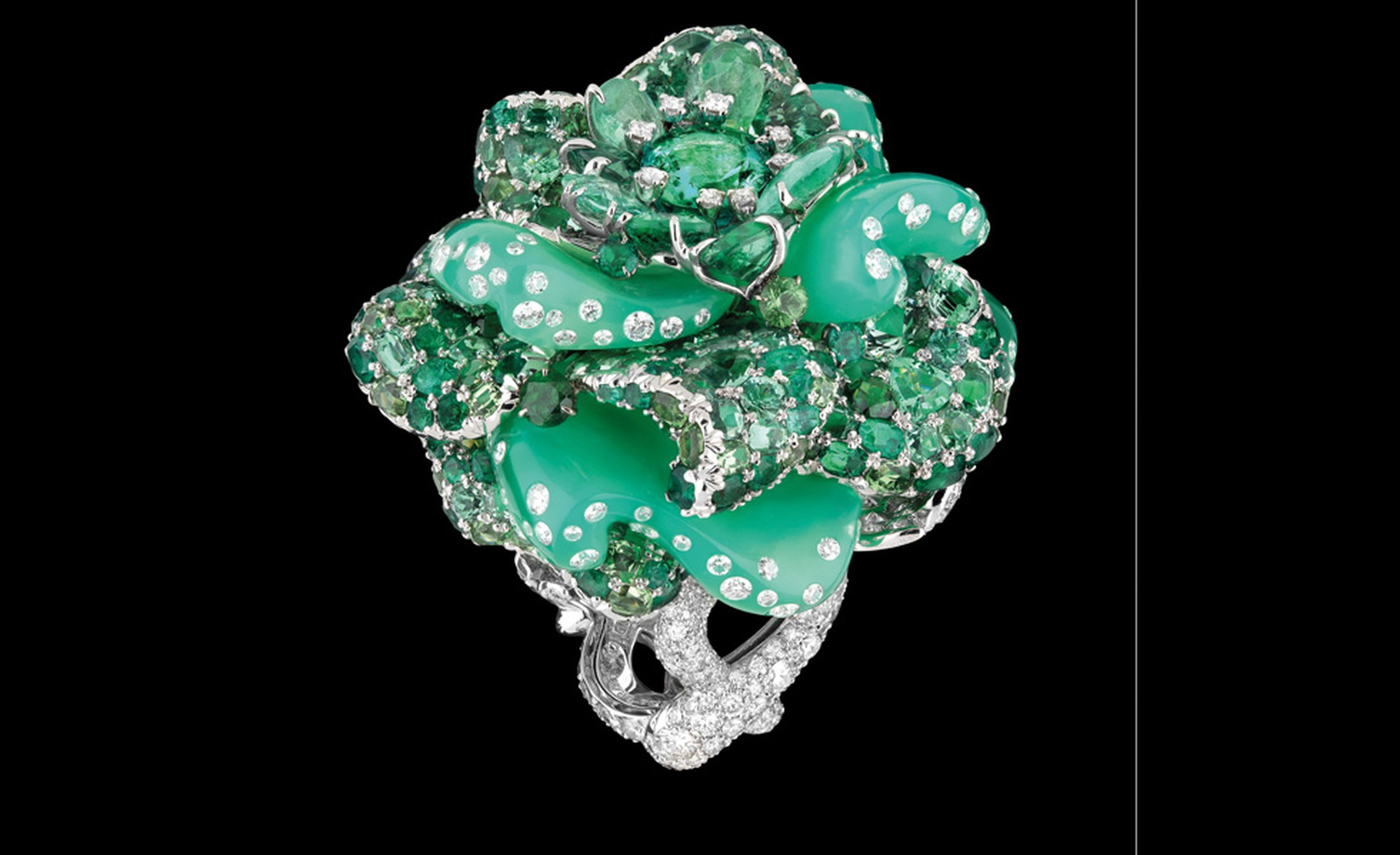 DIOR FINE JEWELLERY LE BAL DES ROSES BAL D'AUTREFOIS RING WHITE GOLD, DIAMONDS, EMERALDS, CHRYSOPRASE, GREEN TOURMALINES, TSAVORITE GARNETS AND PARAIBA TOURMALINES