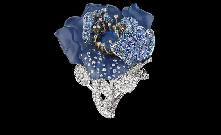 DIOR FINE JEWELLERY LE BAL DES ROSES BAL BLEU NUIT RING WHITE AND YELLOW GOLD, DIAMONDS, GREY DIAMONDS, SAPPHIRES, BLUE CHALCEDONY AND TANZANITES.