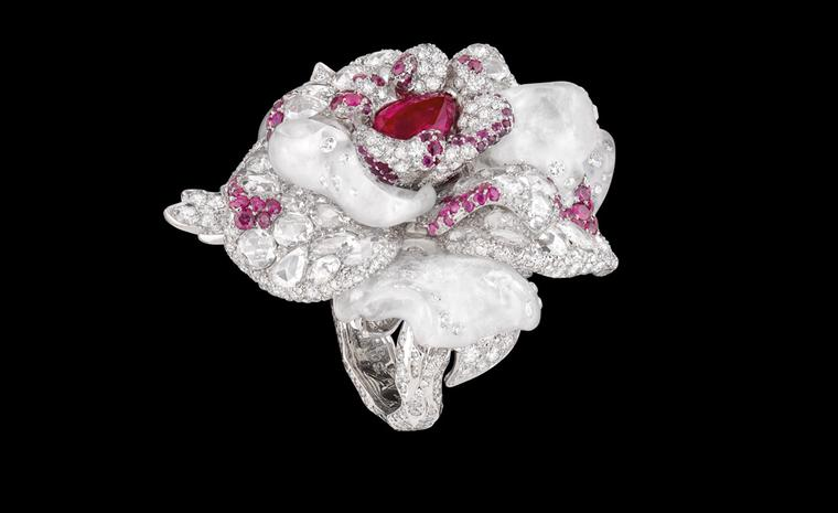 DIOR FINE JEWELLERY LE BAL DES ROSES BAL DE PARIS RING WHITE GOLD, DIAMONDS, WHITE QUARTZ AND RUBIES.