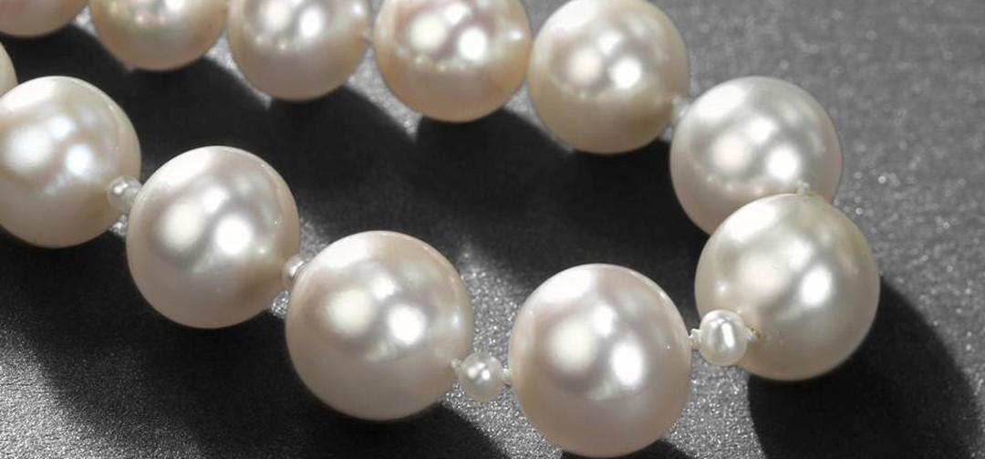 Christie's 15 May Sale in Geneva Pearl necklace