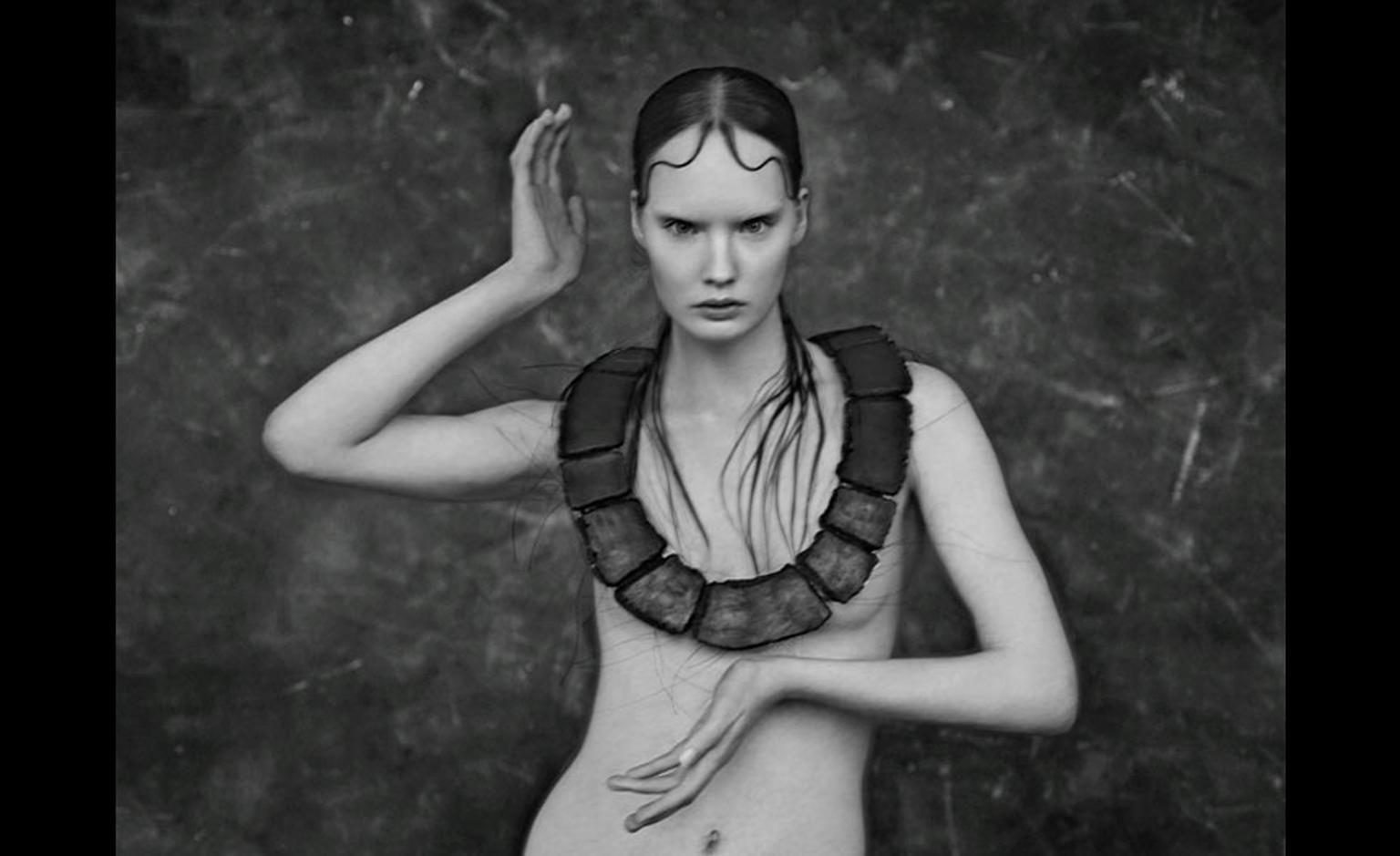 Kath Libbert. Carbo necklace by Agnes Larsson. Photographer Carl Bengtsson. Make-up/hair Ignacio Alonso. Retouch Anna Waldemarsson, Josefine JÅ¡nsson