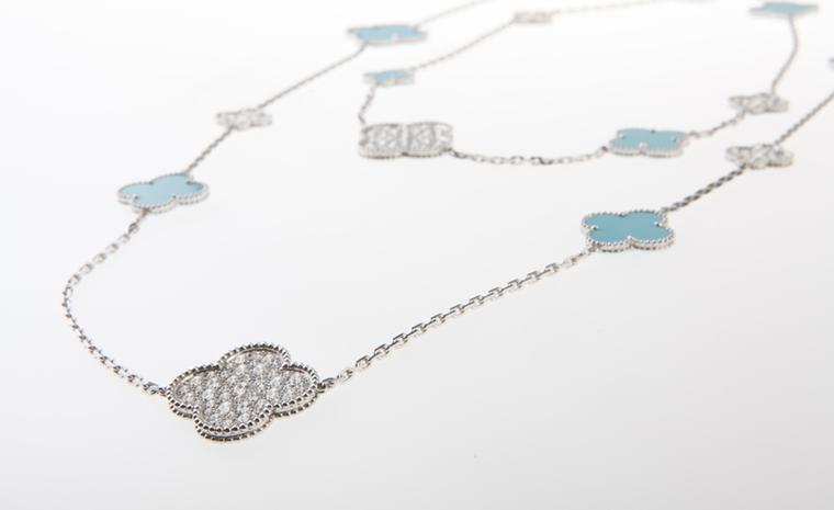 Van Cleef & Arpels: Limited Edition Princess Charlene Alhambra necklace, white gold, diamonds (9.1 cts) and turquoise. Price from 74 400 €