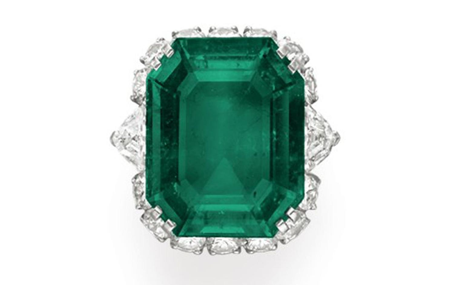 Bulgari Emerald Suite Ring, estimate: $600,000 -800,000