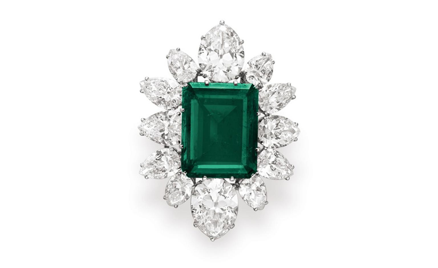Pendant from the Bulgari Emerald suite, estimate: $500,000 – 700,000