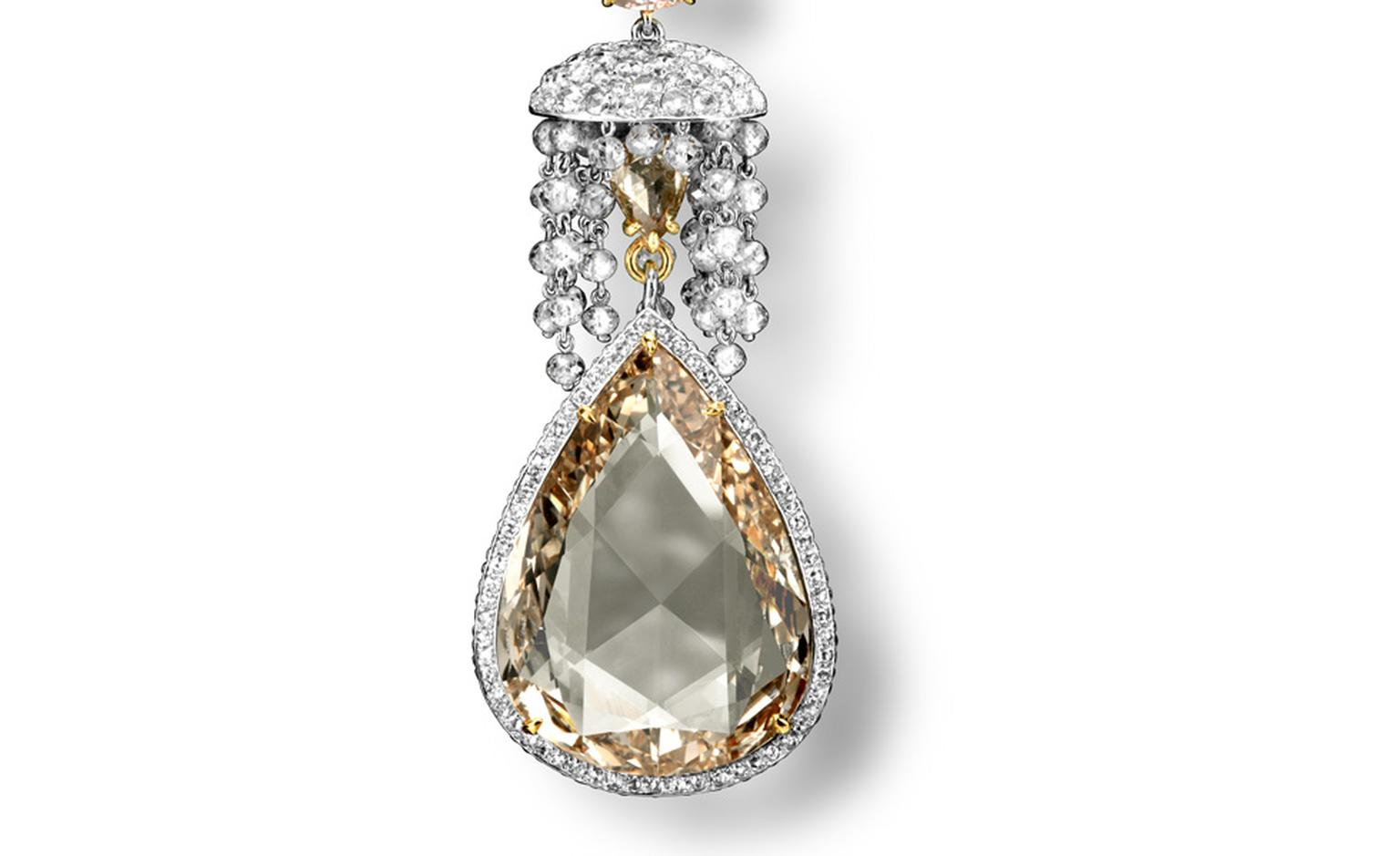 This close-up of the yellow diamond teardrop pendant how sophisticated is Carnet's use of diamond cutting techniques.