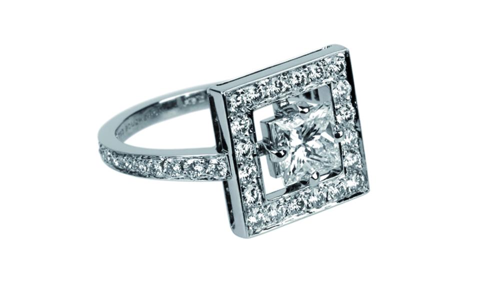 Boucheron Ava Ring Princess Cut