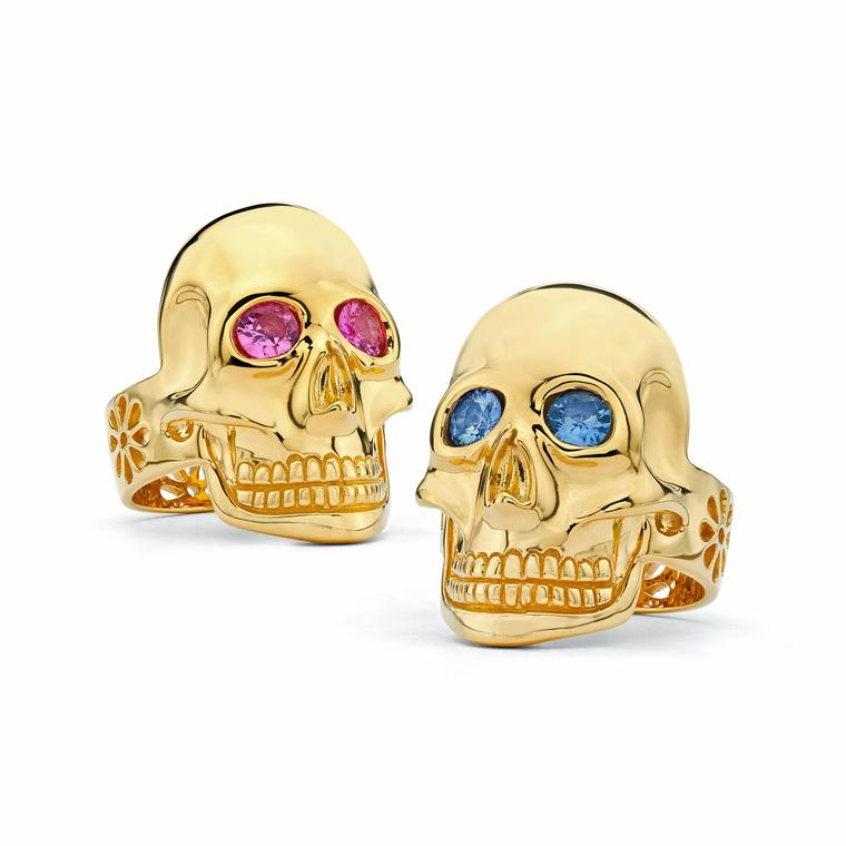 Skull rings in 20ct gold with sapphires