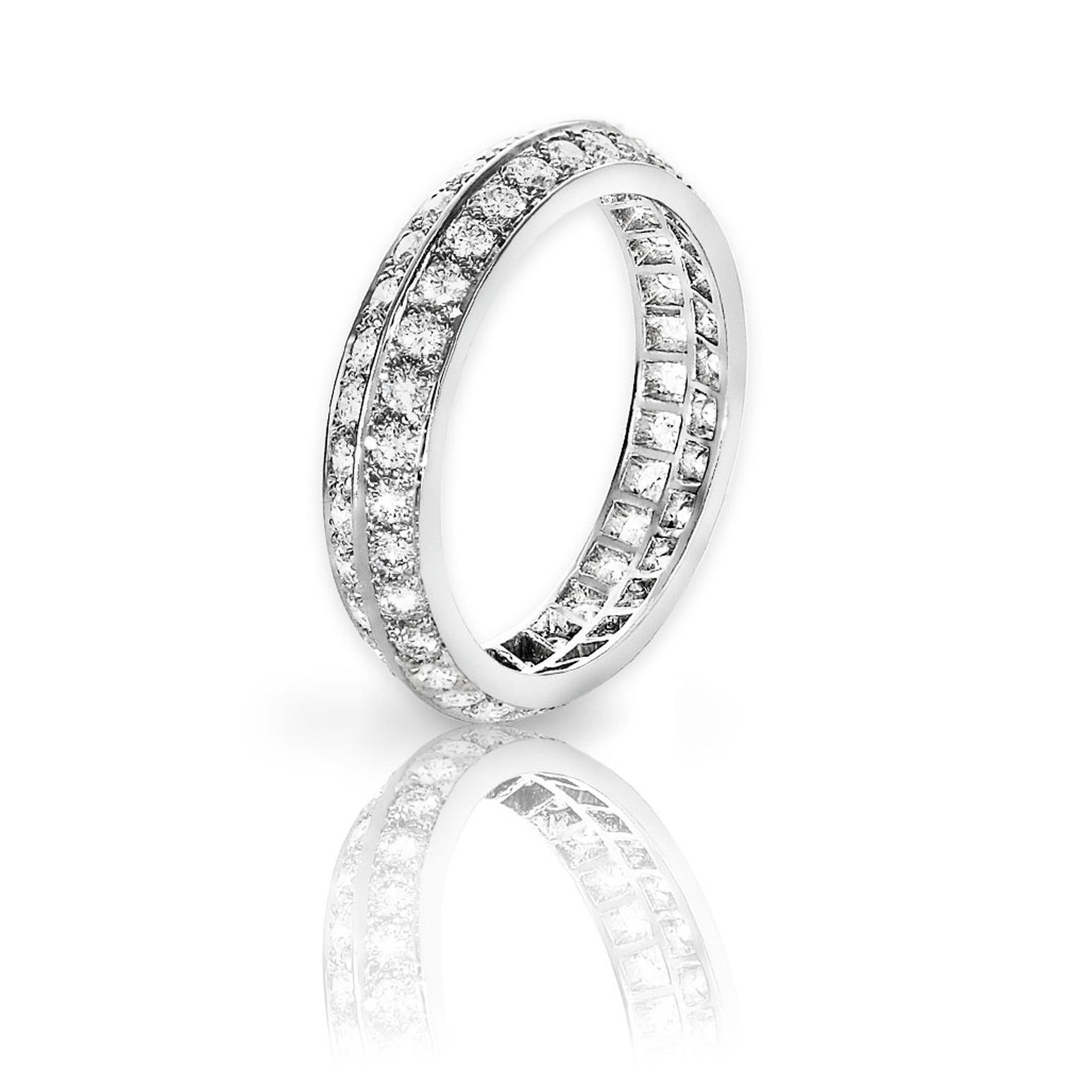 Van Cleef Arpels Platinum Diamond Wedding Band