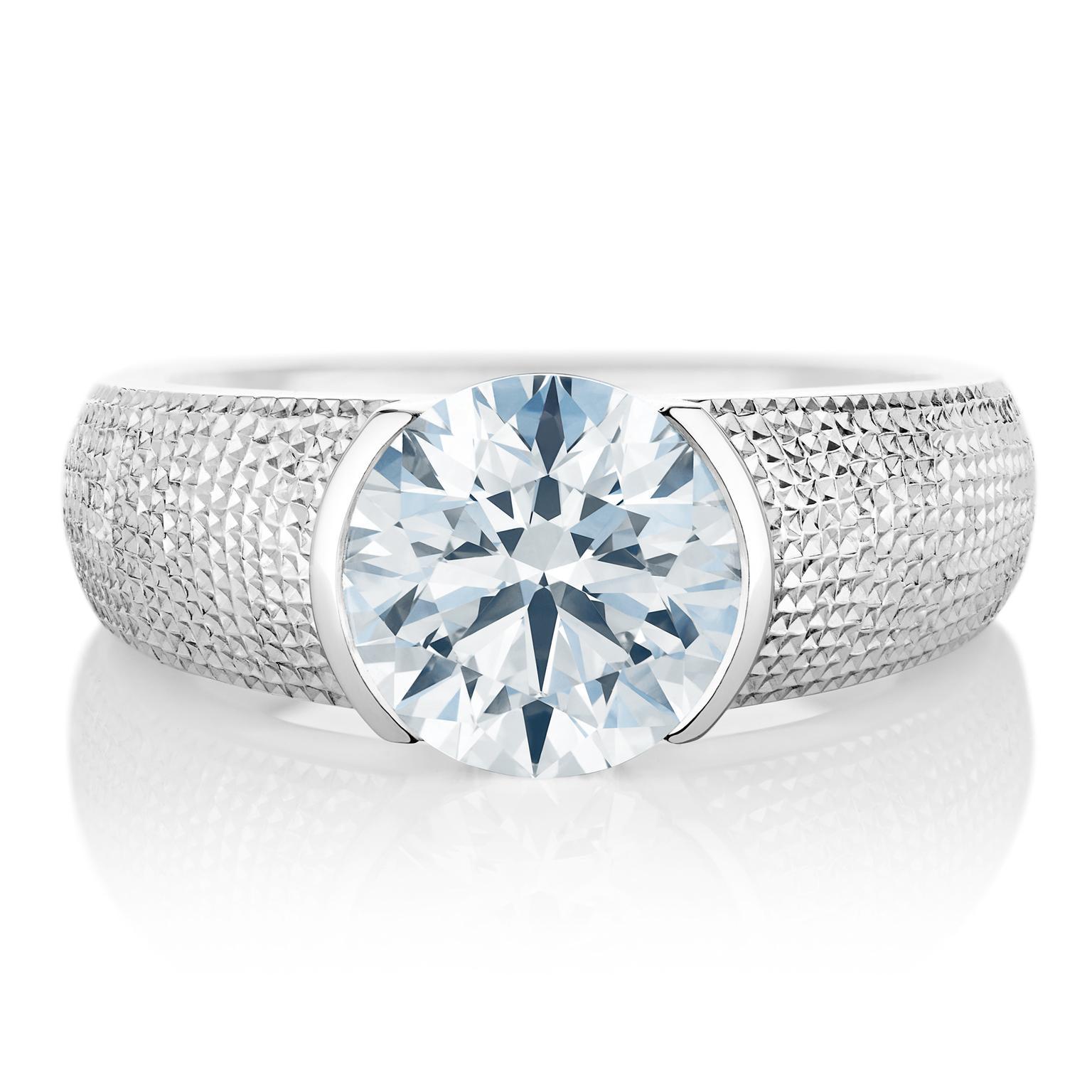 The best diamond engagement rings for men