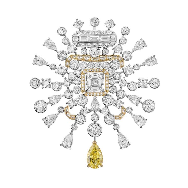 Chanel Collection No 5 GOLDEN SILLAGE brooch