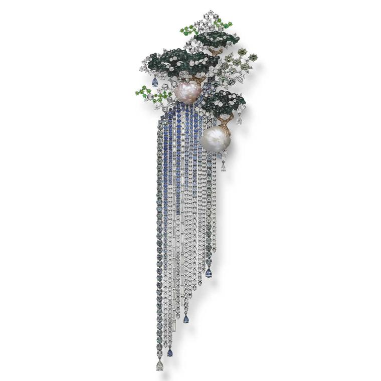Mikimoto Japanese sense of beauty brooch