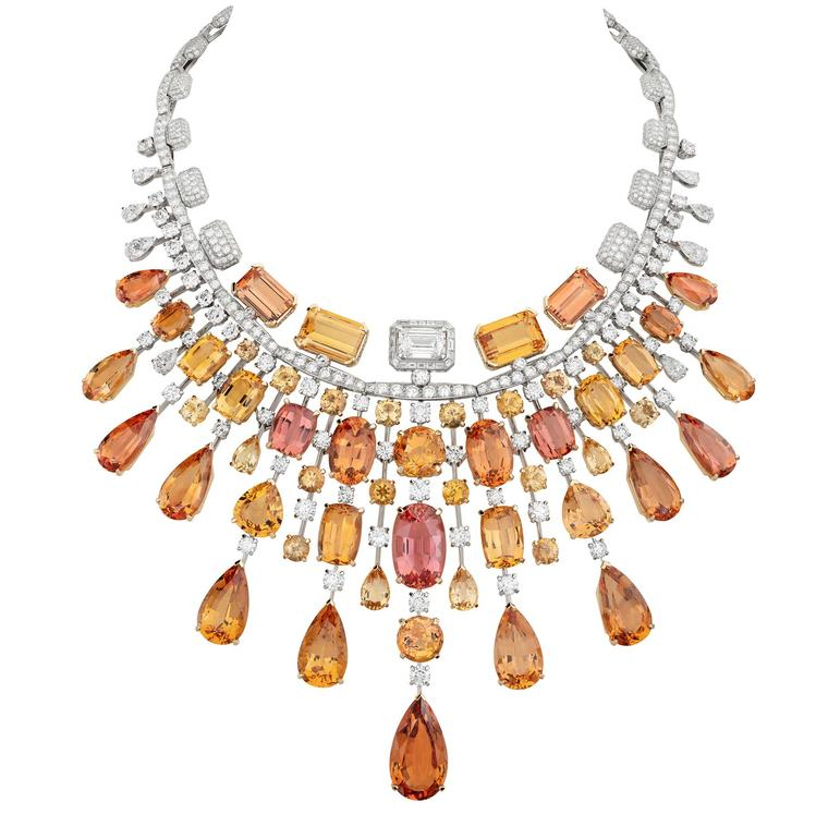 Chanel Collection No 5 GOLDEN BURST necklace
